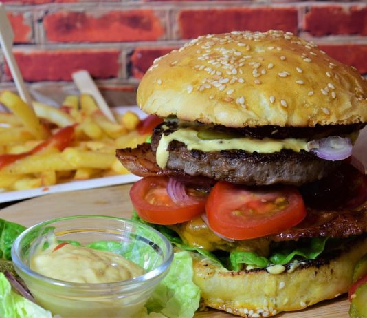 Mistakes That Can Ruin Your Burger