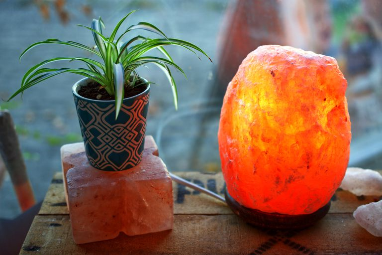 Do Himalayan Salt Lamps Actually Work