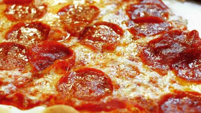 Be Sure to Save Some Much Needed Money With Papa John's Pizza Lunch Coupons